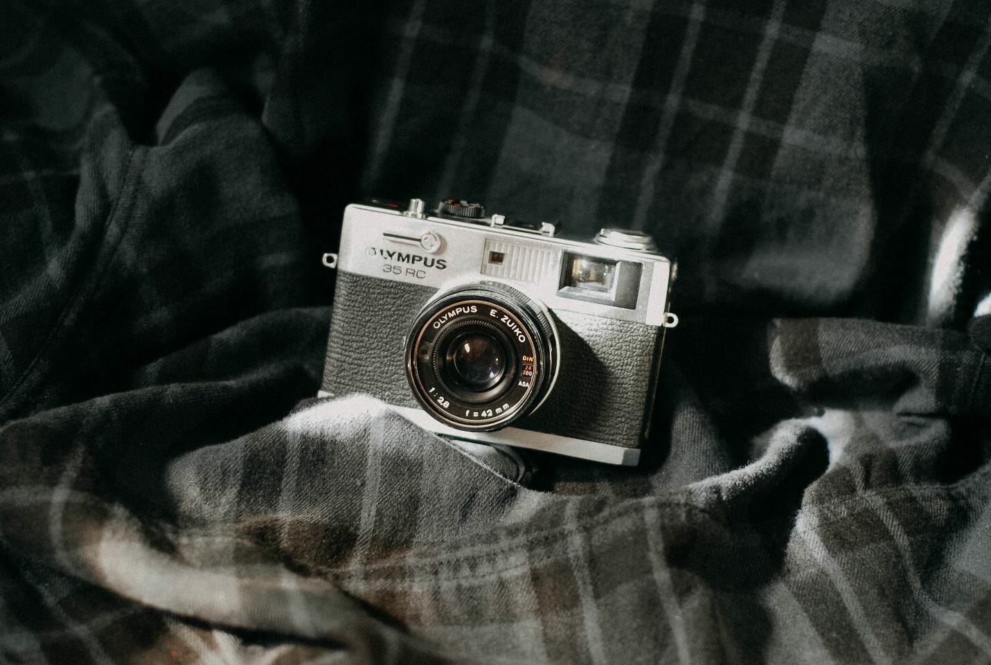 10 Best Compact Cameras for Changing Your Photography Experience