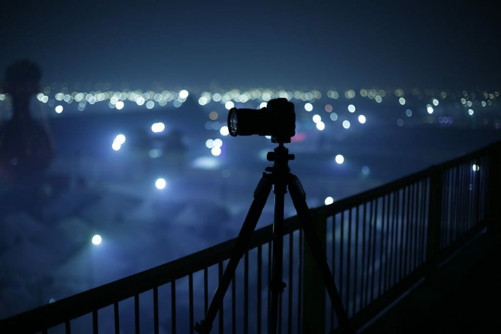 CREATE YOUR OWN TRIPOD