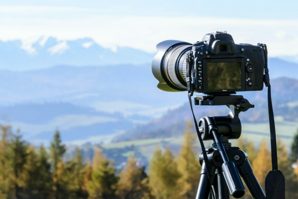 Are there any disadvantages to using a tripod?
